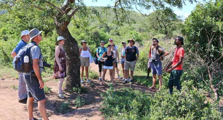 JJa14-sunway-safari-south-africa-Mkuze-Dinga-talk-guide-education