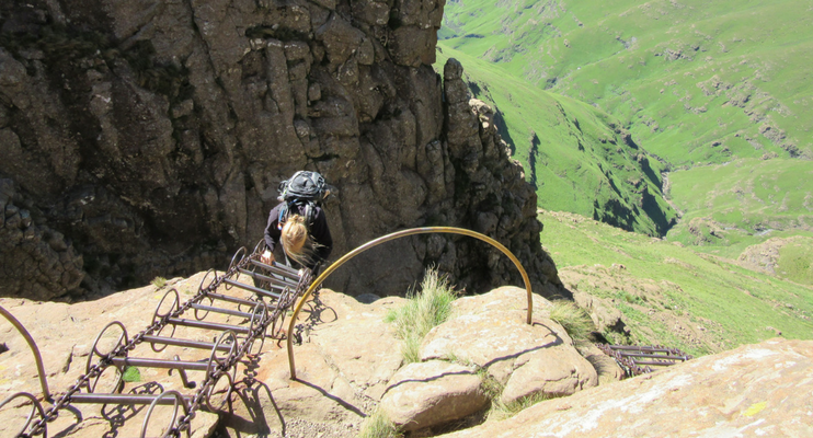 JJa14-sunway-safari-south-africa-drakensberg-ampihitheatre-chain-ladder-climb-hike