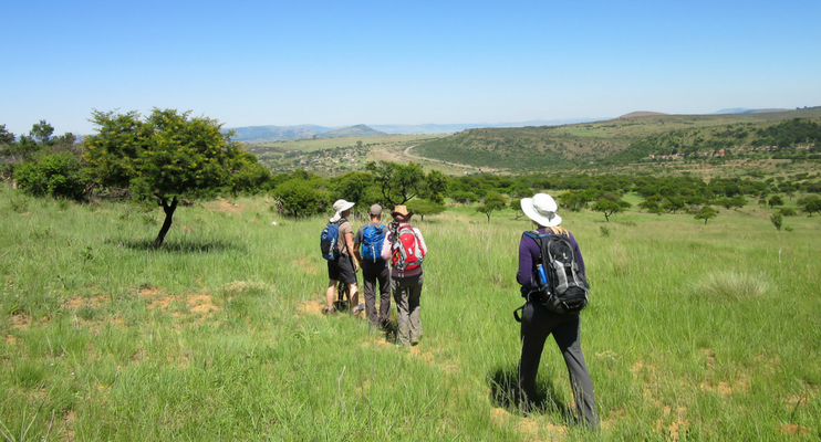 JJa14-sunway-safari-south-africa-zululand-battle-field-islandlwana