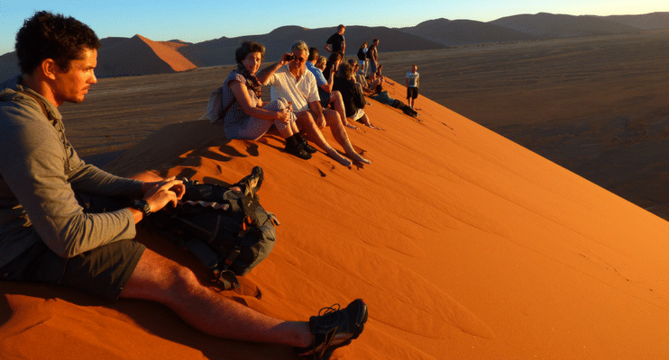 WVac15-sunway-safari-sand-dune-orange-africa-Namibia-walk-hike-explore-dusk