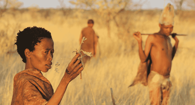 NBa21-sunway-safaris-locals-communities-botswana-ghanzi-san-walk-talkbushmen-kalahari