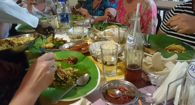 women-only-india-tour-parsi-food-mumbai-feast