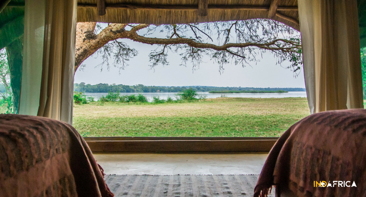 uganda-indafrica-accommodation-africa-bakers-lodge-view-from-bed