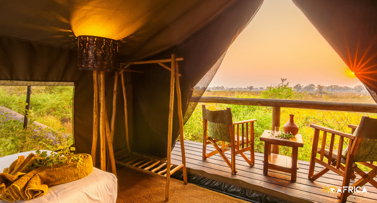 indafrica-africa-footsteps-oddballs-enclave-botswana-accommodation-view-tent-