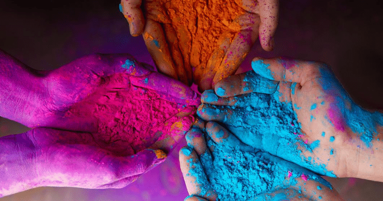 India Travel Guide. Where to go in March. Holi the Festival of Colour is celebrated across Northern India in March.
